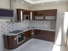 Кухня (арт. 1266) - корпус дсп: kronospan, столешница: arpa, фасад: крашеный мдф, фурнитура: blum