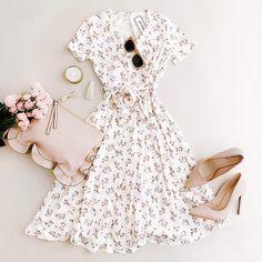 Women S Fashion South Yarra Modest Outfits, Stylish Outfits, Fashion Outfits, Womens Fashion, Ootd Fashion, Fashion Sandals, Pretty Outfits, Pretty Dresses, Modelos Fashion