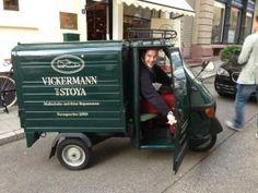 Rasant! Galoschen und das neue Vickermann und Stoya Mobil.   Klüngelkram