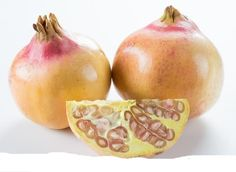 White pomegranates« Punica Granatum . Rare & unusual fruits »Rare seeds ». ´´Apparently it's a different variety of pomegranate. They are good, but taste sweeter than the deep red seeds, which have a tart flavour.KatieK (CA)´´. | eBay!