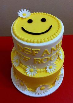 Emoji Room Decor Inspirational Sunshine Smiley Cake with Fondant Daisies Cake Decorating For Beginners, Cake Decorating Techniques, Decorating Ideas, Beautiful Wedding Cakes, Beautiful Cakes, Cake Decorating Equipment, Emoji Cake, Fig Cake, Pinterest Cake