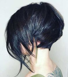 45 Popular Short Layered Hairstyle Ideas It is safe to say that you are searching for an adjustment in your hairstyle yet not having any desire to focus on the hack? Look no more remote than layered hair which is super-chic, in vogue, and ch Short Hair Undercut, Short Bob Hairstyles, Layered Hairstyles, Haircut Short, Hairstyles Pictures, Undercut Women, Fashion Hairstyles, Short Hair With Layers, Short Hair Cuts