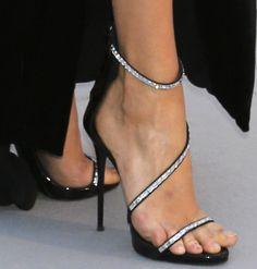 Karlie Kloss accessorises with Giuseppe Zanotti sandals