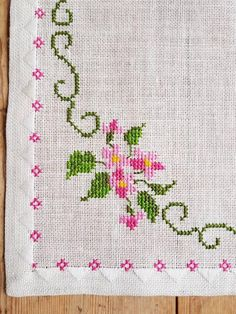 Lovely floral cross stitch embroidered tablecloth in linen from Sweden Lovely floral cross stitch embroidered tablecloth in mint condition, spotless. The size is: 15 x 15 The material is linen, cottonthread Contact me if you have questions Thank yo Cross Stitch Boarders, Cross Stitch Bookmarks, Cross Stitch Rose, Cross Stitch Designs, Cross Stitch Embroidery, Embroidery Patterns, Hand Embroidery, Cross Stitch Patterns, Linen Tablecloth