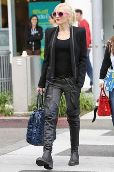 Gwen Stefani Street-Style | Gwen Stefani on the street in LA - celebrity fashion