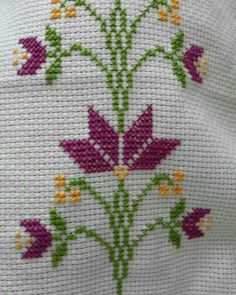 This Pin was discovered by Cey Cross Stitch Bookmarks, Cross Stitch Borders, Simple Cross Stitch, Cross Stitch Flowers, Cross Stitch Designs, Cross Stitching, Cross Stitch Embroidery, Hand Embroidery, Embroidery Designs