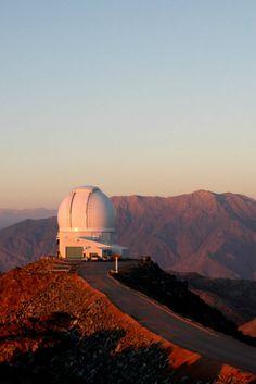 10. Contempla el cielo desde el Hemisferio Sur Cerro Tololo en el valle de Elqui en Chile