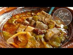 Entomatado de Res y Tip para que no se Amargue - YouTube Healthy Eating Tips, Healthy Nutrition, Beef Recipes, Cooking Recipes, Drink Recipes, Mexican Dessert Recipes, Gluten Free Dinner, Vegetable Drinks, Food And Drink