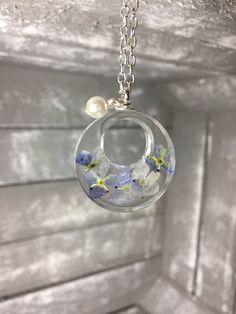 Ein persönlicher Favorit aus meinem Etsy-Shop https://www.etsy.com/de/listing/517835992/sehr-feine-filigrane-halskette-necklace