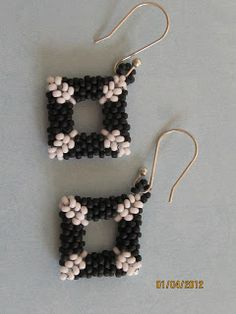Beads and Bread: Friday Feature-Beaded Beads