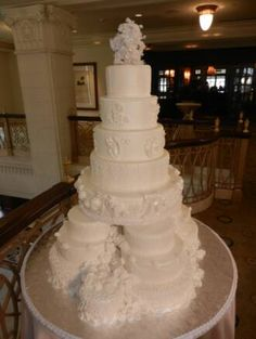 pictures of satellite wedding cakes 1000 images about tiered wedding cakes on 18431