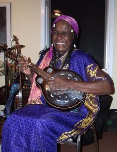 Roselyn Lionhart ( of David & Roselyn folk duo)