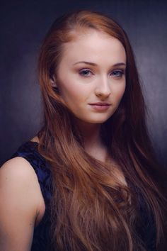 Image from http://goodfilmguide.co.uk/wp-content/uploads/2015/01/Sophie-Turner.jpg.