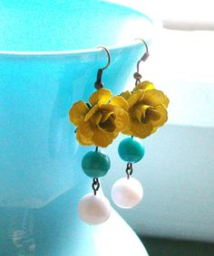 Yellow Flower Dangle Beaded Earrings with White and Turquoise. Colorful. Chunky. Fun. Bright