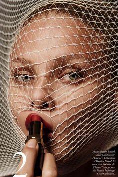 M: Anna Selezneva, P: Giampaolo Sgura, S: Celia Azoulay (Vogue Paris November 2014)