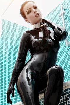 Black latex catsuit Gia Felino