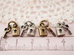 鍵set 2 - 手作り・ハンドメイドママの店 Leche れちぇ http://leche.shop-pro.jp/?pid=35731264