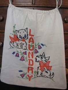 vintage laundry clothespin bag | kitty and puppy laundry bag