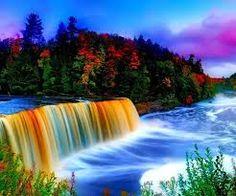 resultado de imagen de paisajes bonitos con cataratas