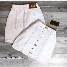 """FAÇO ANÚNCIO DE LOJAS✨ no Instagram: """"Esse look ta aprovado? ✨Coleção Nova ✨💕 Disponivel pra você comprar na @lojamypassion tem muitos look perfeitos ❤ Sigam e não percam…"""" Casual, Ideias Fashion, White Shorts, Skirts, Instagram, Clothes, Style, Denim Skirt Outfits, Mini Skirts"""