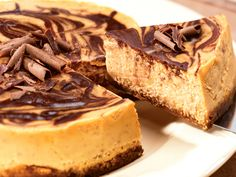 Pumpkin Chocolate Marble Cheesecake: This scrumptious pumpkin marble cheesecake is made in your crockpot, leaving your oven free for other tasks. Especially popular at Thanksgiving.