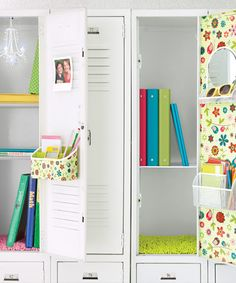 Top Locker Organization Tips from the Container Store    http://www.containerstore.com/tip/gift/giftcardpackaging#
