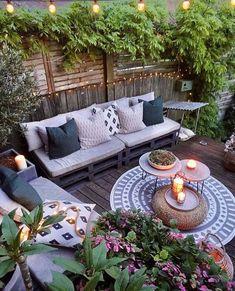 ideas backyard patio boho outdoor spaces Source by lskolar Cozy Patio, Small Backyard Patio, Backyard Patio Designs, Backyard Landscaping, Patio Ideas, Backyard Ideas, Garden Ideas, Backyard Pools, Balcony Ideas