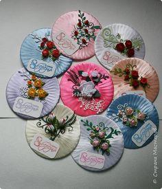 Поделка изделие 8 марта Моделирование конструирование Вторая жизнь CD дисков Диски компьютерные Ленты фото 12