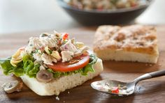 Mediterranean Tuna Salad Recipe from Whole Foods. Seriously, the best stuff! Junk Food, Sonoma Chicken Salad, Mayonnaise, Mediterranean Tuna Salad, Mediterranean Recipes, Whole Food Recipes, Healthy Recipes, Healthy Foods, Healthy Lunches
