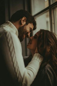9 Ways to Keep Things Spicy in Your Relationship Cute Couples Goals, Couples In Love, Romantic Couples, Romantic Gifts, Photo Couple, Love Couple, Couple Goals, Couple Posing, Couple Shoot