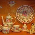 Tupeská keramika je tradiční lidová keramika tzv. Majolika, která má kořeny v 17. století. Typický dekor, pro který je charakteristická červená Tupeská růže, používá syté barvy a vychází z předloch habánského hrnčířství.