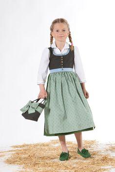 Mädchen #Dirndl mit grüner Schürze ---- girl's dirndl with green apron