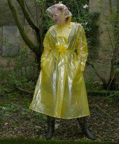 Rain Bonnet, Rain Fashion, Rain Suit, Plastic Raincoat, Yellow Raincoat, Rain Wear, Lady, Womens Fashion, How To Wear