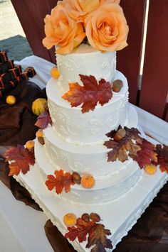 Fall Brown Burgundy Gold Orange Red White Yellow Multi-shape Round Square Wedding Cakes Photos  Pictures - WeddingWire.com