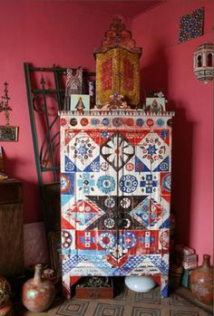 Sans Parapluie Turns Old Wardrobes into Pieces of Art : TreeHugger