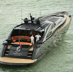 Xerxseas Superyacht. Black yacht. PINTEREST.COM/RECEPLIMING