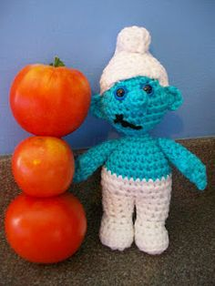 1500 Free Amigurumi Patterns: Smurf Free Crochet Pattern