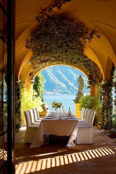 Mediterran Außenraum Esstisch Stühle Patio Möbel-Tür Bogen-Panorama aussicht