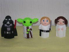 Dedoches Star Wars (Mestre Yoda, Darth Vader, Princesa Leia e Luke Skywalker) confeccionados em feltro. Acompanha saquinho em organza. R$ 28,00