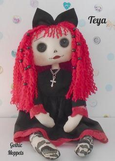 Fall Crafts, Crafts For Kids, Handmade Dolls Patterns, Goth Baby, Monster Toys, Gothic Dolls, Gothic Art, Diy Doll, Diy Crochet
