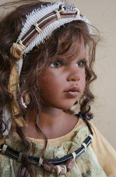Zofia Zawieruszynski Collectible Dolls God, I love this doll!