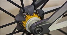 Design Discover Canyon Orbiter urban concept bike pulls together magnetic suspension & stealth eMTB drive - Bikerumor Velo Design, Bicycle Design, Tricycle, E Bike Motor, Electronic Bike, Pimp Your Bike, Bike Gadgets, Velo Cargo, Urban Concept