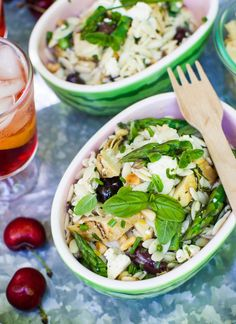 Mediterranean pasta salad with asparagus, simple bites, food drink, post, b Ciabatta, Enchiladas, Mediterranean Pasta Salads, Mediterranean Recipes, Bacon, Summer Pasta Salad, Summer Salads, Spaghetti, Grilled Sausage