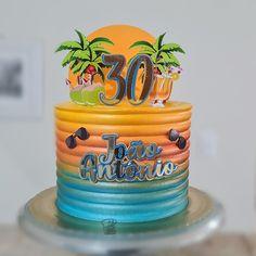 Snow Globes, Birthday Cake, Desserts, Cakes, Food, 30th Birthday Cakes, Birthday Cakes For Men, Tropical Cupcakes, Life
