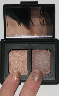 I'm a big fan of NARS eyeshadow and this is one of my favorite eyeshadow Duos ever. Nars Duo in Kalahari