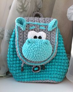 "New Cheap Bags. The location where building and construction meets style, beaded crochet is the act of using beads to decorate crocheted products. ""Crochet"" is derived fro Crochet Wallet, Crochet Backpack, Bag Crochet, Crochet Shell Stitch, Crochet Handbags, Crochet Purses, Love Crochet, Crochet For Kids, Crochet Art"
