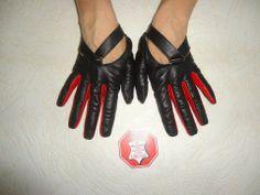 WOMEN'S BLACK LEATHER DRIVING GLOVES #Handmade #DrivingGloves