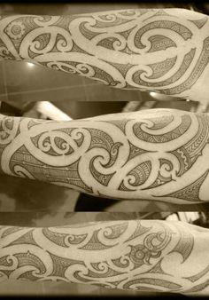 Ta Moko and Tatau Tribal Forearm Tattoos, Leg Tattoos, Sleeve Tattoos, Maori Tattoos, Ta Moko Tattoo, Filipino Tattoos, Polynesian Tattoos, Scale Tattoo, Facial Tattoos