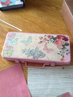 Why not glam up an old vintage box to hold band aids <3. ???