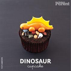 Cupcake decorating ideas: Dinosaur - Today's Parent Easter Cupcakes, Yummy Cupcakes, Birthday Cupcakes, 30th Birthday, Yellow Cupcakes, Cupcakes Wallpaper, Dinosaur Cupcake Toppers, Cupcake Recipes From Scratch, Vanilla Recipes